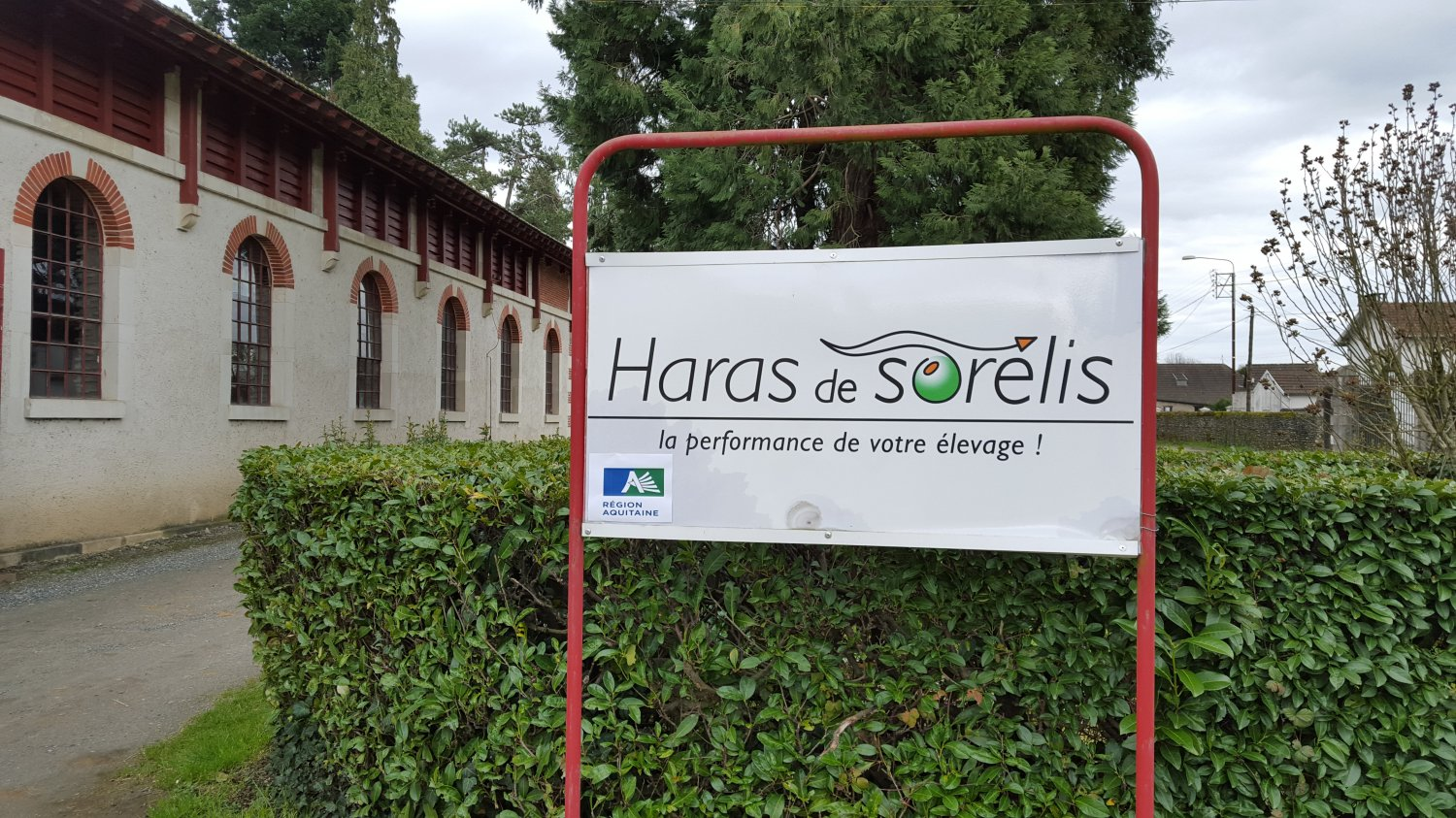 COUR HARAS